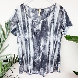 Lucy | XL Workout Abstract Graphic Print Tee